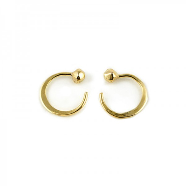 yellow gold claw hoops 600x600